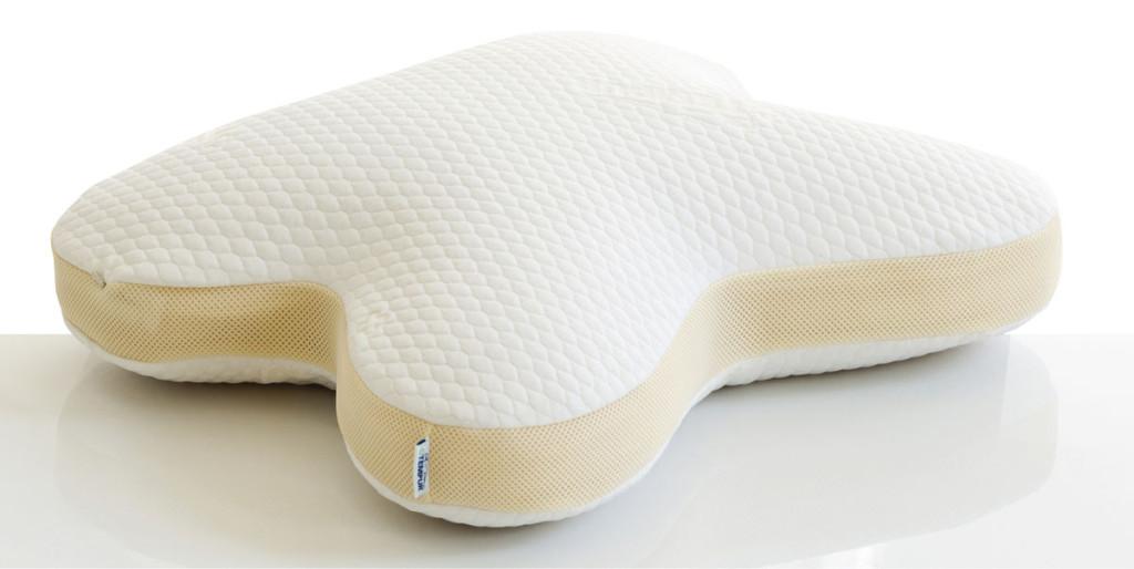 5vuottasittenTempurtoiSuomeen Tempur-materiaalin ja erikoisenmuotoisia tyynyjä.YlimpänäTempurCloud(179euroa), jonka pehmeää rouhetäytettä voi muokata itselle sopivaksi. Keskellä Tempur Original (5 korkeutta, hinnat alkaen 99 euroa), joka antaa voimakkaan tuen kylkimakuuasen- toon.AllaTempurOmbracio(183euroa), jonka erikoinen muotoilu mahdollistaa jopa vatsallaan nukkumisen.