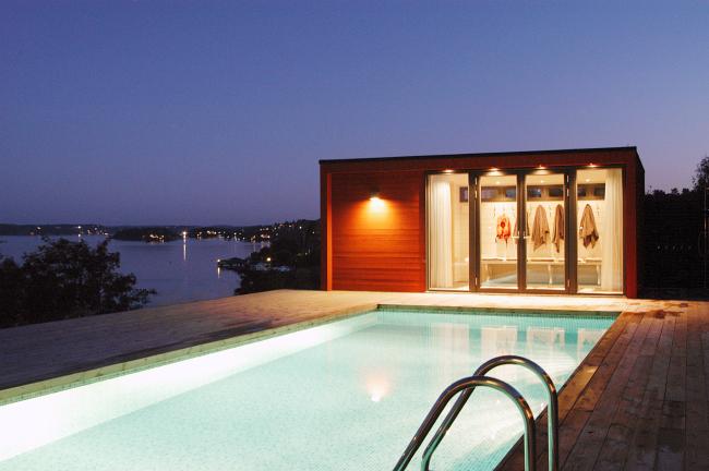 Enkelrum-huvilan voi tilata myös saunavarustuksella.