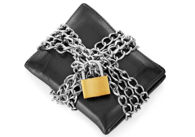 lompakko, lukko ja kotimurrot