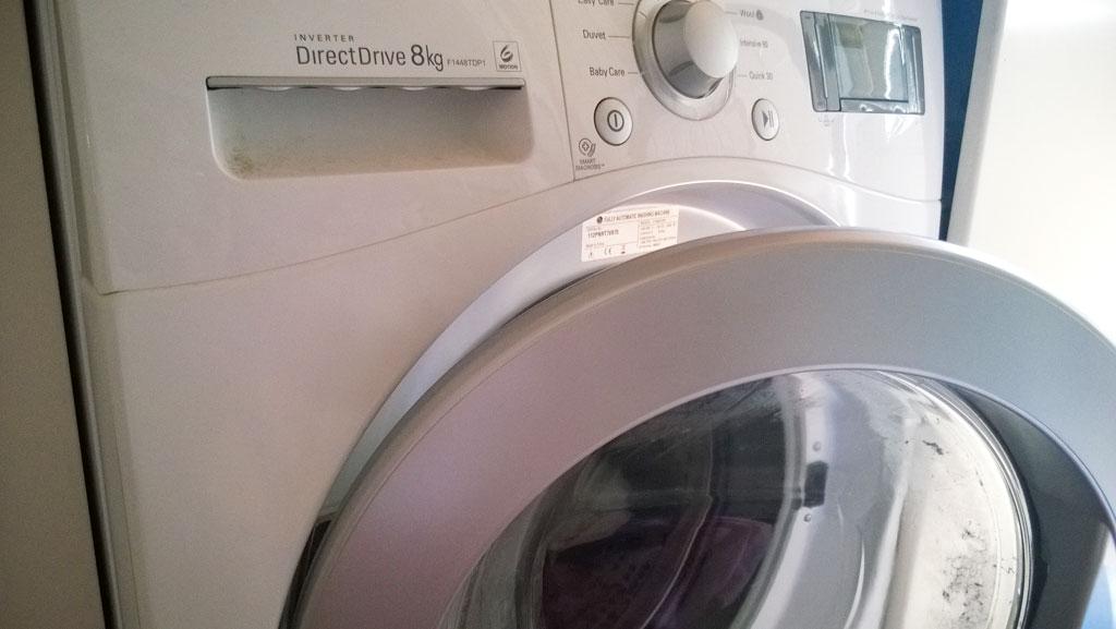 vesivahinko - pesukone