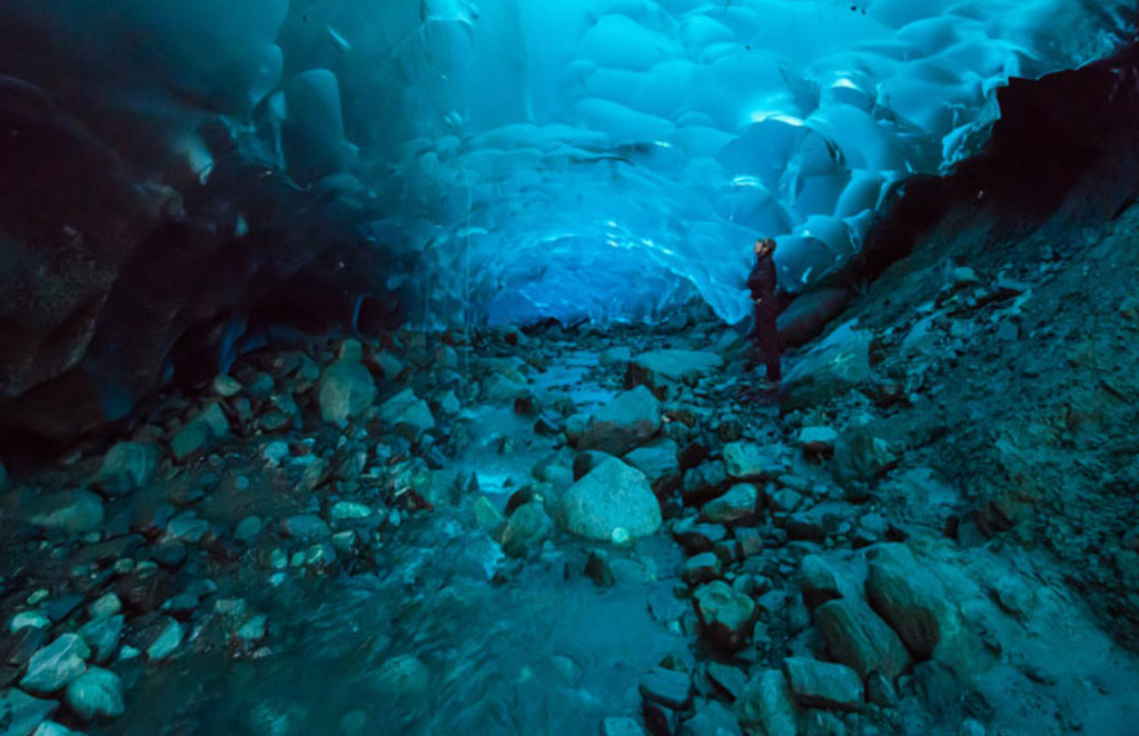 Mendenhall - jääluola