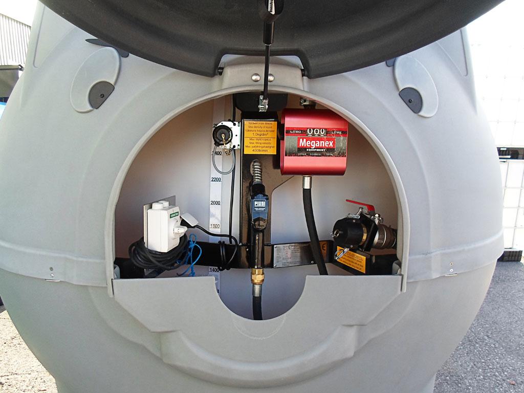 Nafta-Nafta-katti polttoainesäiliö - tankkauslaitteet