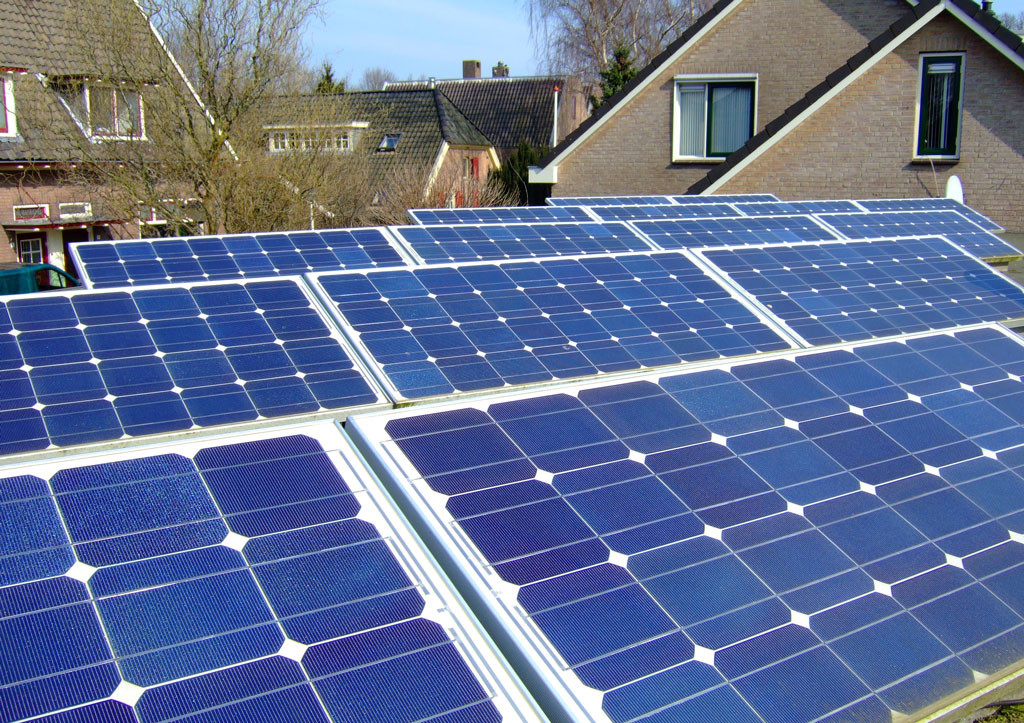 Aurinkopaneeli - aurinkoenergia