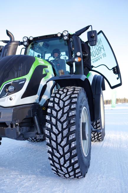Juha Kankkunen - traktorien nopeusennätys