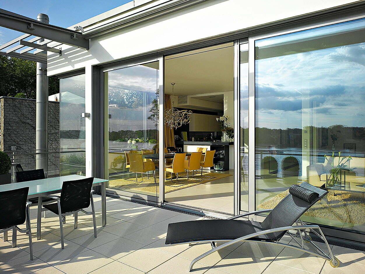 Ikkunajärjestelmiä ja liukuovijärjestelmiä