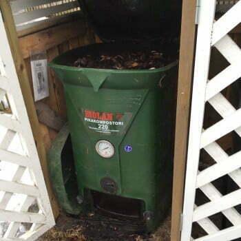 Komposti jäässä ja täynnä