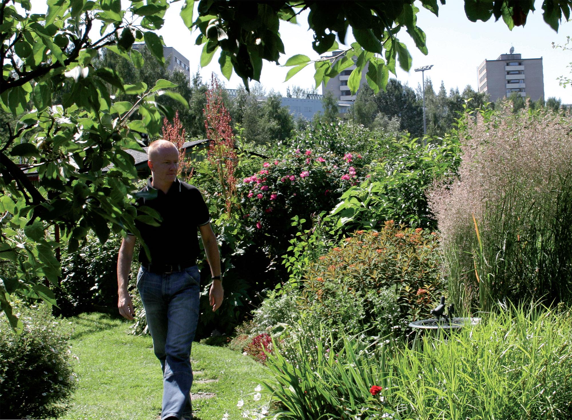 Thomas muuttaa Vallilan siirtolapuutarhaan toukokuun alussa.