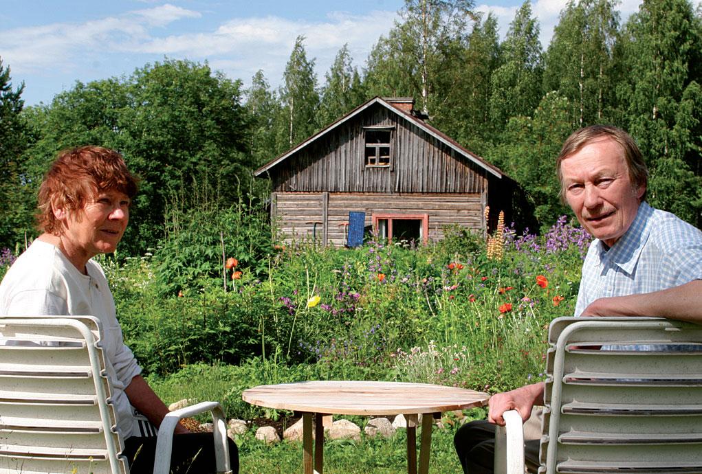 Veijo ja Tuovi Miettinen ovat pitkän linjan laaja-alaisia kasviharrastajia.