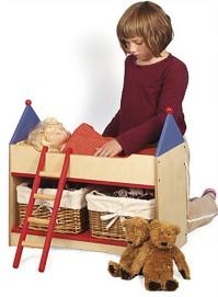 Elsan Pipsa-nukelle tehtiin oma sänky