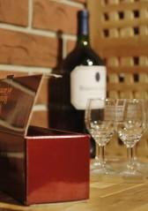 Viinikellaria on rakennettu vähitellen muun elämän ohessa, ideoita kypsytellen.