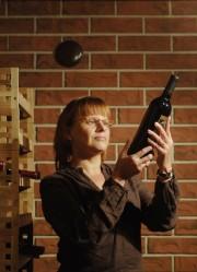 Kellarin lämpötila pysyy viineille sopivana ilman jäähdytystä