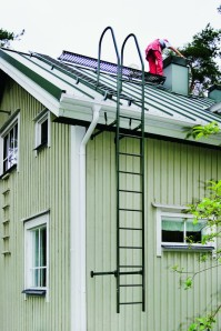 Kattotikkaat ja turvavarusteetkin uusittiin