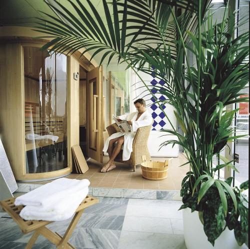 Kun suunnittelet uusien saunatilojen pohjapiirrosta, harkitse myös kaarevia ja viistoja vaihtoehtoja