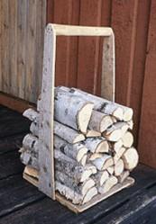 Kilo kuivaa puuta tuottaa energiaa noin 4 kWh