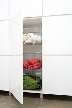 Pyykkien lajittelu tapahtuu kolmella lankakorilla