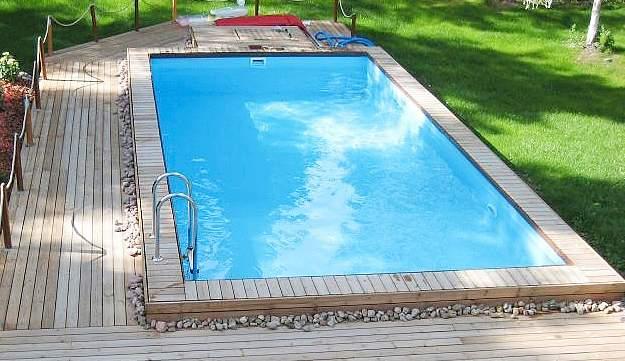 Ala-Peite, harkoista rakennettu uima-allas
