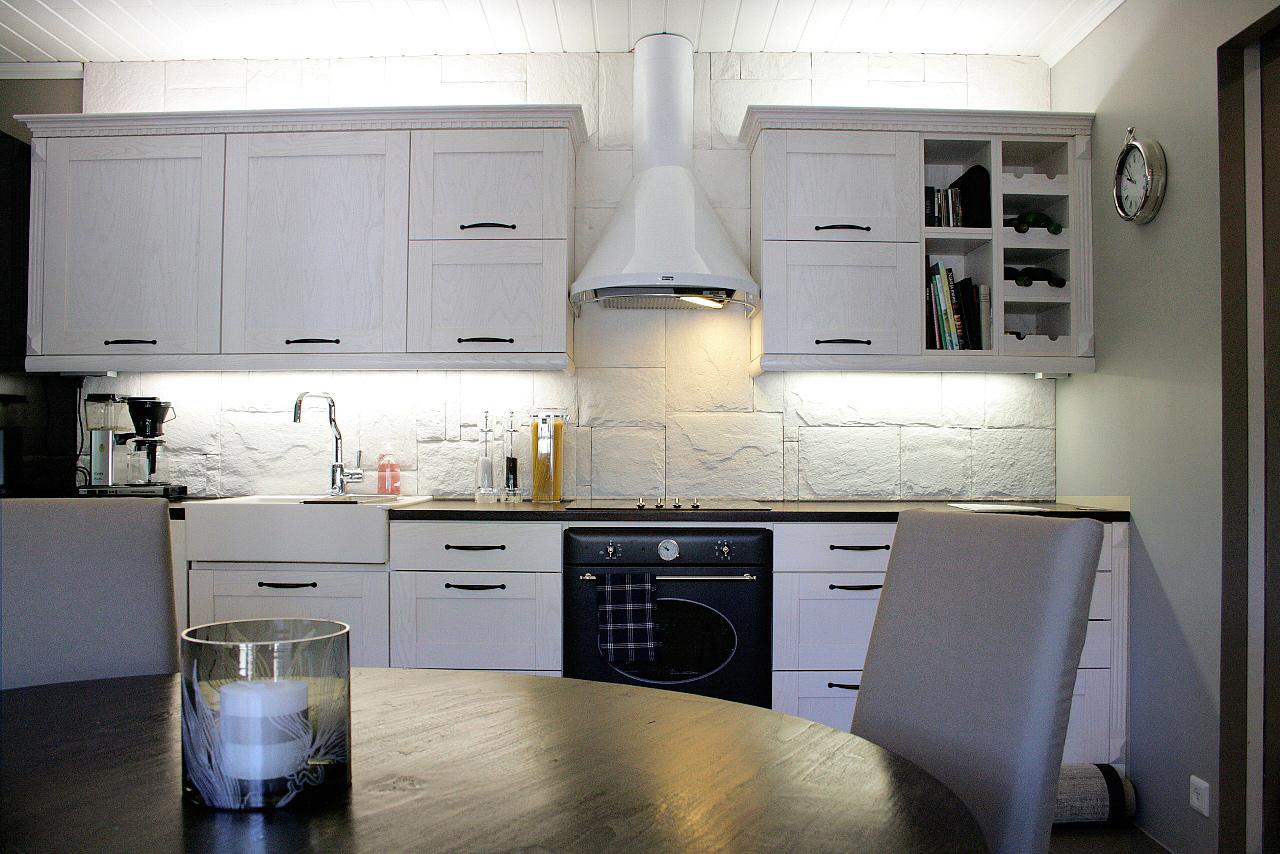 Keittiön välitila kuntoon  Suomela  Jotta asuminen olisi mukavampaa