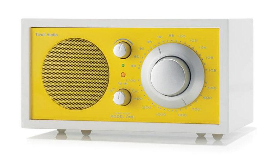 Radio, joka svengaa myös ulkonäöllään, 249 euroa, Tivoli Audio.