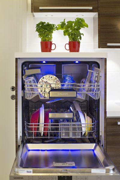Jannen Katajan keittiöremontti  lue ja katso modernin keittiön kuvat  Suom