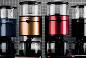 Hyvän kahvin valmistaminen vaatii, että vesi valuu juuri oikean lämpöisenä (92–96 °C) kahvijauheen päälle ja suodatusaika on riittävä (5–6 minuuttia litraa kohden).