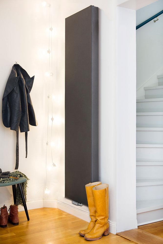 Purmon design-radiaattorit ovat tehokkaita ja energiaa säästäviä lämmittäjiä. Kos radiaattori on saatavana sekä pysty- että vaakasuuntaisena, useita kokoja ja värejä, mm. ruostumaton versio.