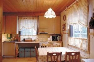 Tommi remontoi: Unelmakeittiö vanhaan taloon Suomela