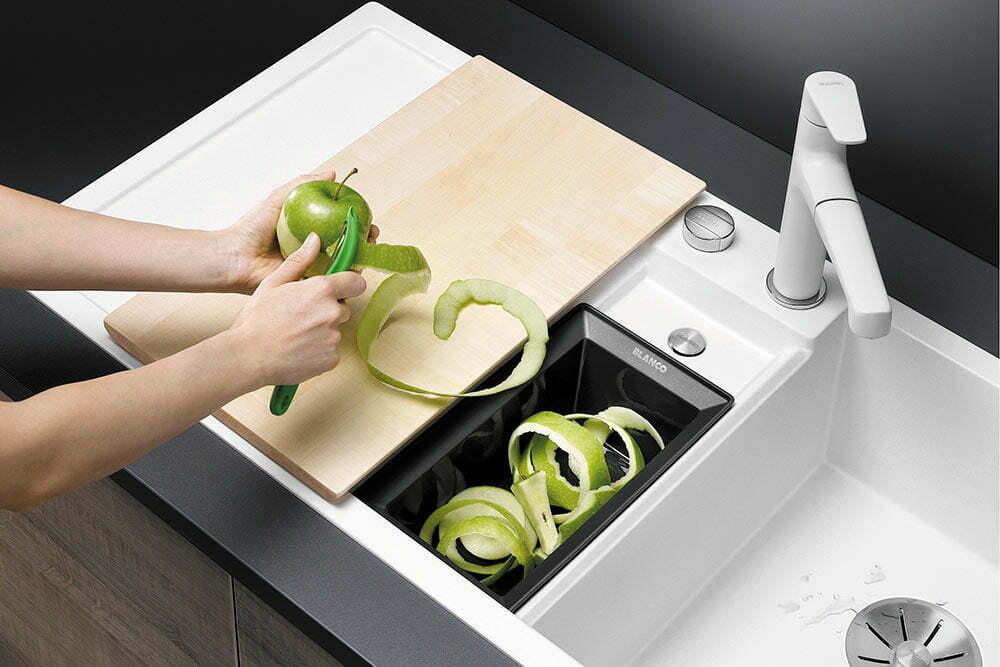Blanco Collectis 6 S -keittiönallas yhdistää altaan ja kierrättämisen
