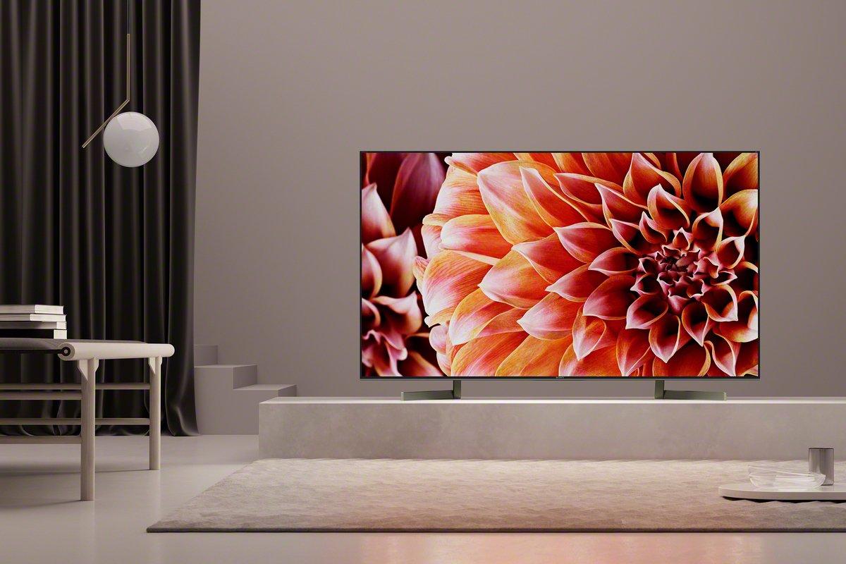 Ennen uuden television ostopäätöstä on hyvä vertailla tuotteiden hintoja ja teknisiä tietoja.