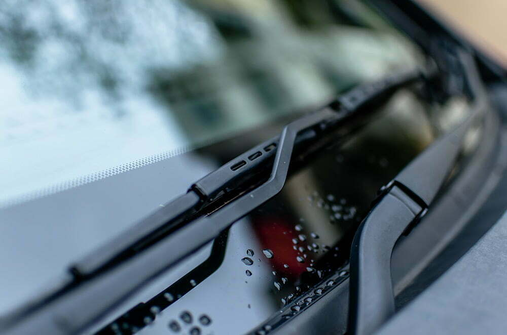 Ehjä tuulilasi entistä tärkeämpi katsastuksessa – näin varaudut lasin rikkoutumiseen
