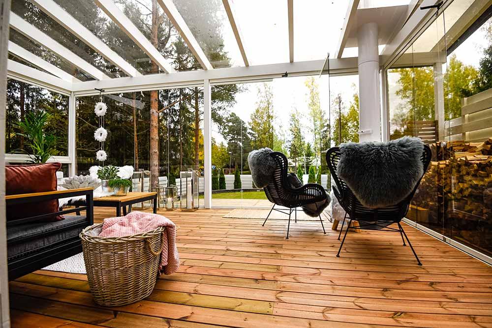 Lasitettu terassi tai parveke helpottaa huoneiston tuuletusta