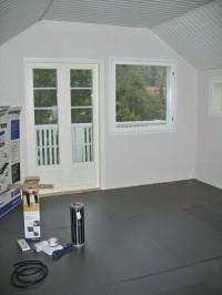 Ebecon Depron-eristyslevyt antavat lattialle lisälämpöä ja pehmeyttä