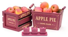 Puiset omenalöaatikot ja punainen kolmen tuikun setti, Tiimari
