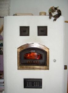 Leivinuuni tuottaa lempeää lämpöä.
