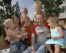 Tirin perhe