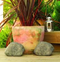 Kiviksi naamioidut Rock on -puutarhakaiuttimet