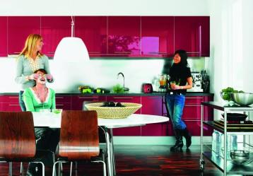 Gideå-ruokapöytä ja Gilbert-tuolit, Ikea