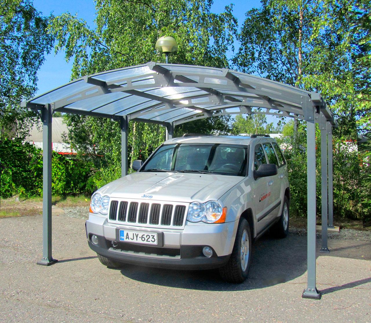 Arcadia-valmiskatos suojaa autosi vaihtelevilta sääolosuhteilta.