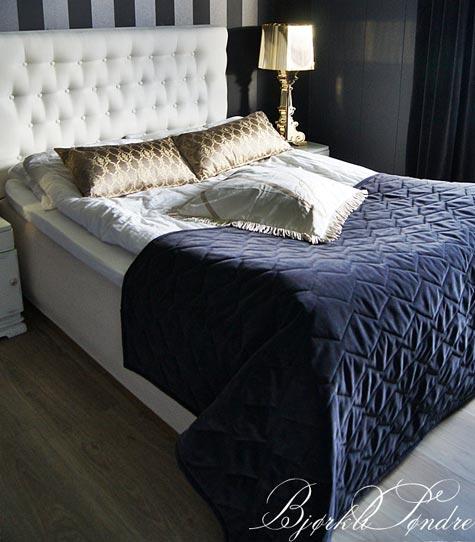 Itse tehty sängynpääty luo makuuhuoneeseen hotellimaista tunnelmaa